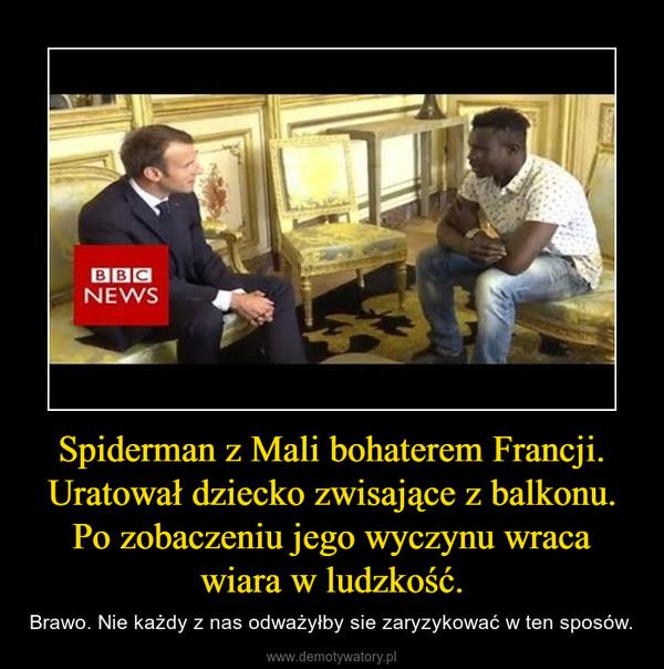 Spiderman z Mali bohaterem Francji. Uratował dziecko zwisające z balkonu. Po zobaczeniu jego wyczynu wraca wiara w ludzkość. – Brawo. Nie każdy z nas odważyłby sie zaryzykować w ten sposów.