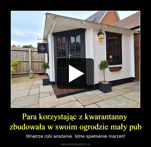 Para korzystając z kwarantanny zbudowała w swoim ogrodzie mały pub – Wnętrze robi wrażenie. Istne spełnienie marzeń!